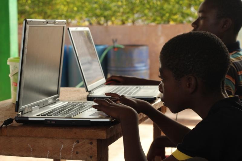 Kurs informatyki. Kamerun